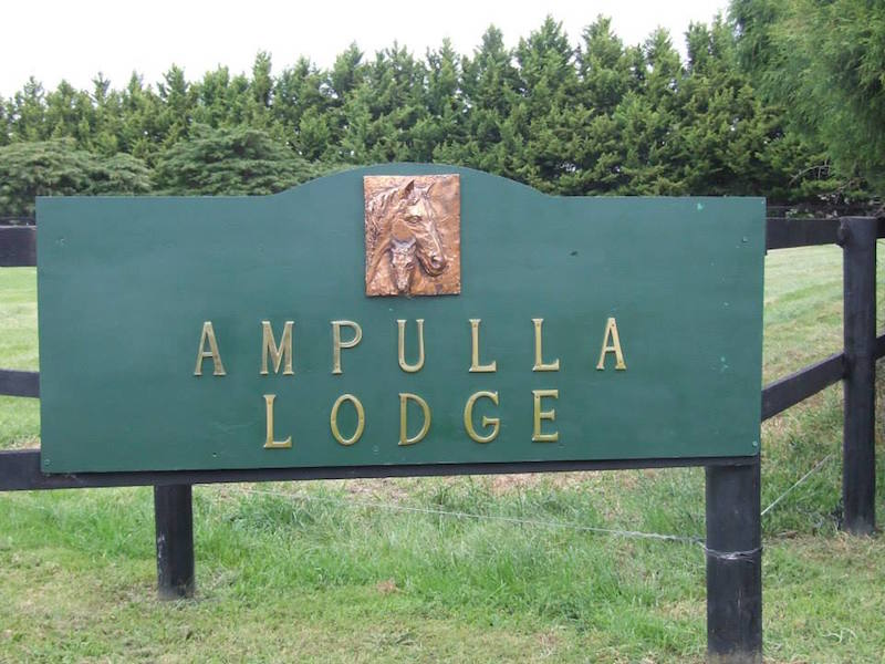 Ampulla Lodge sign